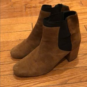 Brown suede ankle booties!